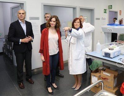 Solo nueve de las 23 máquinas donadas por Amancio Ortega están operativas en Madrid