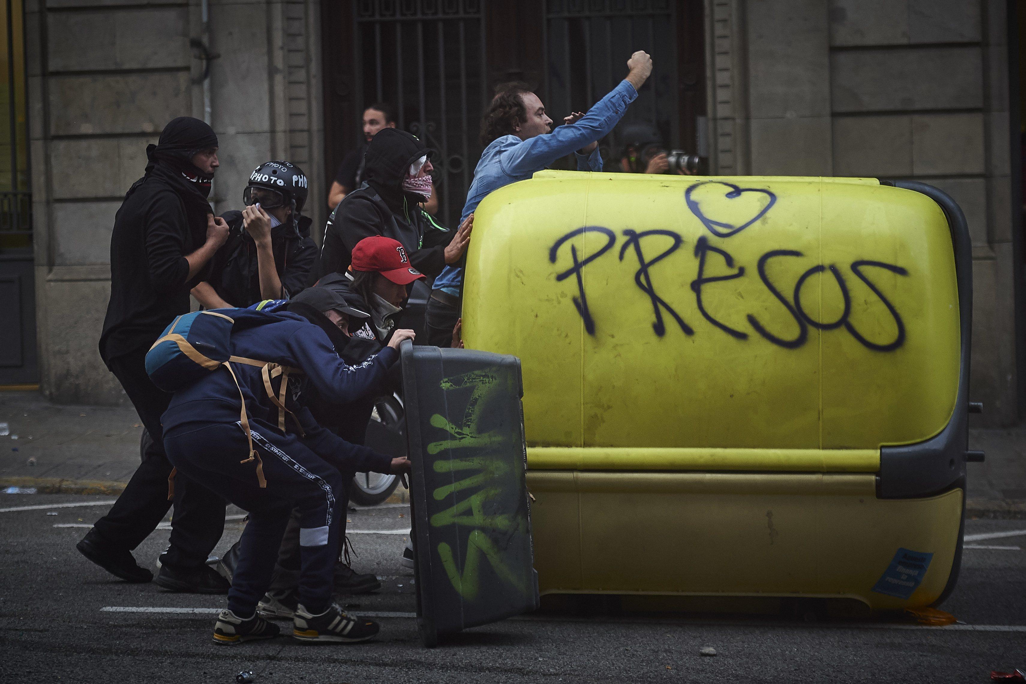 Revueltas en Barcelona en defensa de los libertad de los presos independentistas