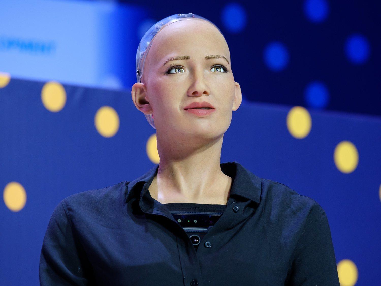 """Una empresa pagará 115.000 euros a quien """"ceda su rostro"""" para crear un robot"""