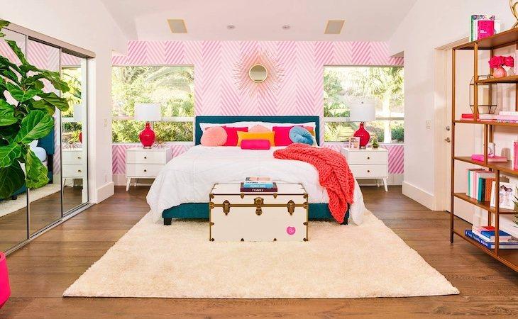 Una de las habitaciones tiene cama XXL