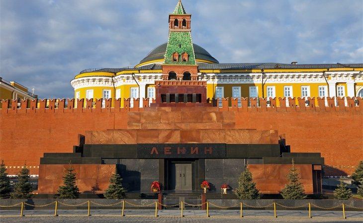 Mausoleo de Lenin, junto a los muros del Kremlin (Moscú), a pocos metros de la famosa Plaza Roja