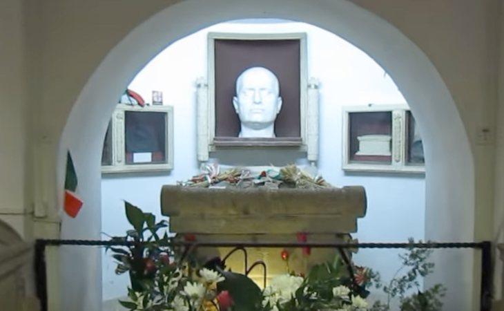 Mussolini cuenta con un lugar privilegiado dentro de una capilla en la región italiana de Emilia-Romaña
