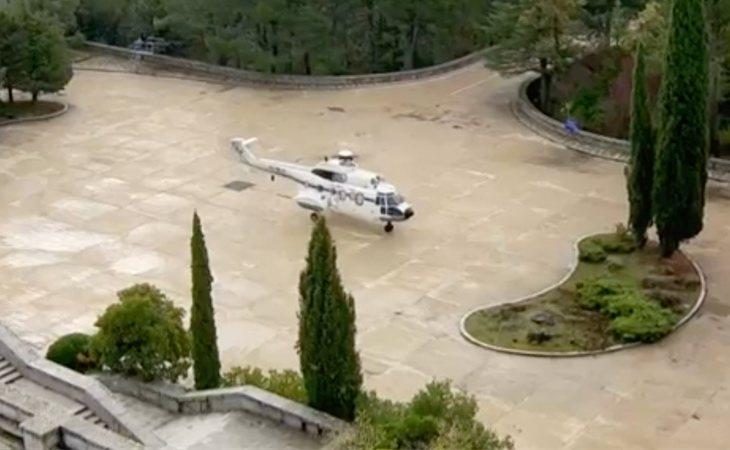 Llega al Valle de los Caídos el helicóptero que trasladará los restos de Franco al cementerio de Mingorrubio en El Pardo