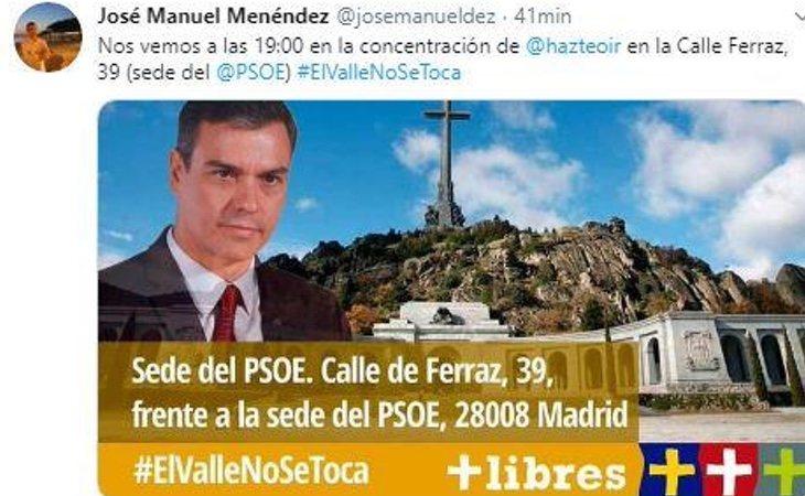 Hazte Oír y las Juventudes de VOX se concentran en la sede del PSOE para protestar por la exhumación
