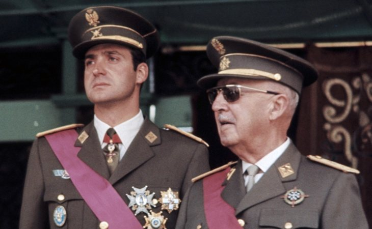 Don Juan Carlos y Francisco Franco