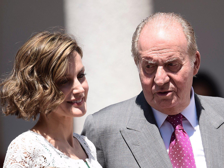 El rey Juan Carlos estalla contra la princesa Leonor y la reina Letizia por su situación