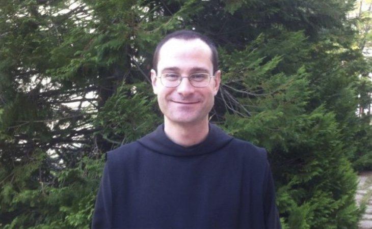 El prior del Valle, Santiago Cantera, ha protagonizado la primera misa tras la reapertura del conjunto