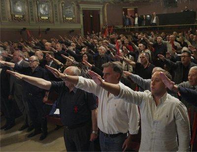 El Ateneo de Madrid acoge un acto de Falange que celebra la dictadura y pide acabar con la Constitución