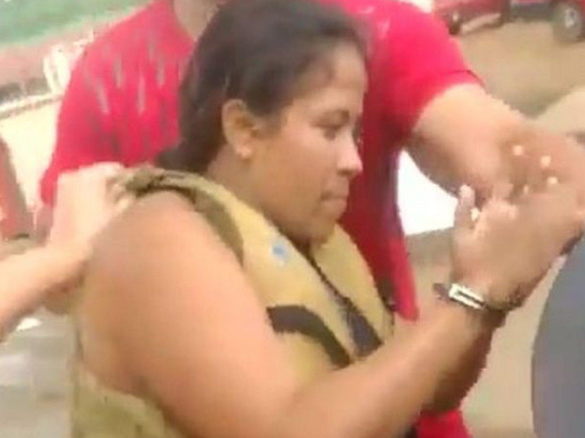 Una menor de 13 años apuñala a su hermana embarazada y le saca el bebé del vientre