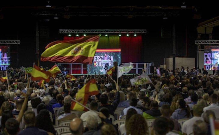 Más de 3000 personas asistieron el acto de VOX en L'Hospitalet de Llobregat