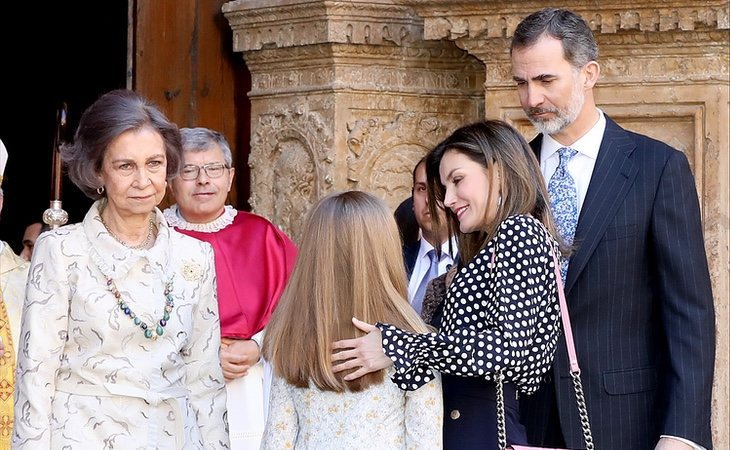 Doña Sofía se ha quejado en alguna ocasión e lo poco que se le permite ver a sus nietas