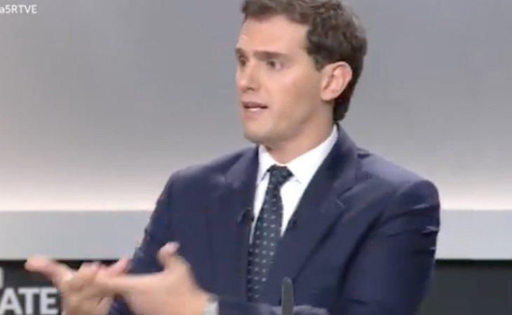 Rivera pide recentralizar la educación en España
