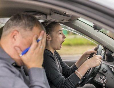 Fin a la tensión: el examen de conducir se va a realizar con un móvil pegado al parabrisas