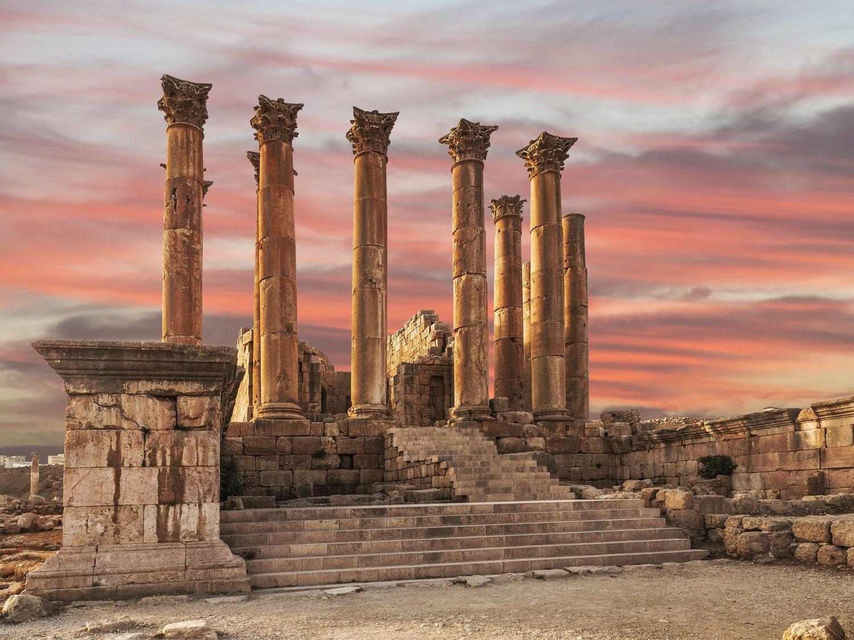 Apuñalados varios turistas y un guardia en las ruinas jordanas de Gerasa