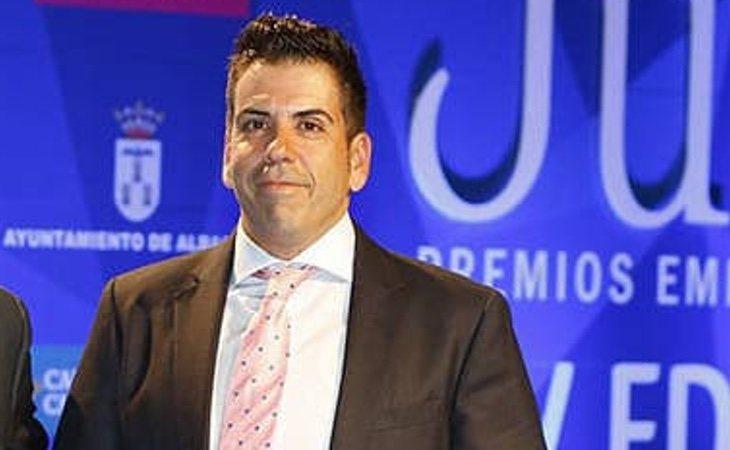 Juan Francisco Robles Descalzo, en la recepción de un premio concedido por el Ayuntamiento de Albacete