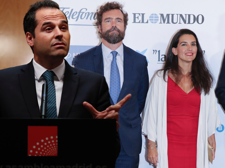 Aguado (Cs) fue víctima de los lofts ilegales de Monasterio y Espinosa de los Monteros (VOX)