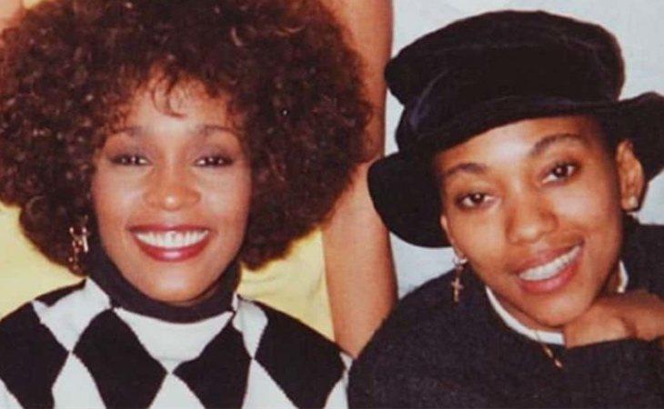 Whitney Houston y Robyn Crawford mantuvieron una relación secreta