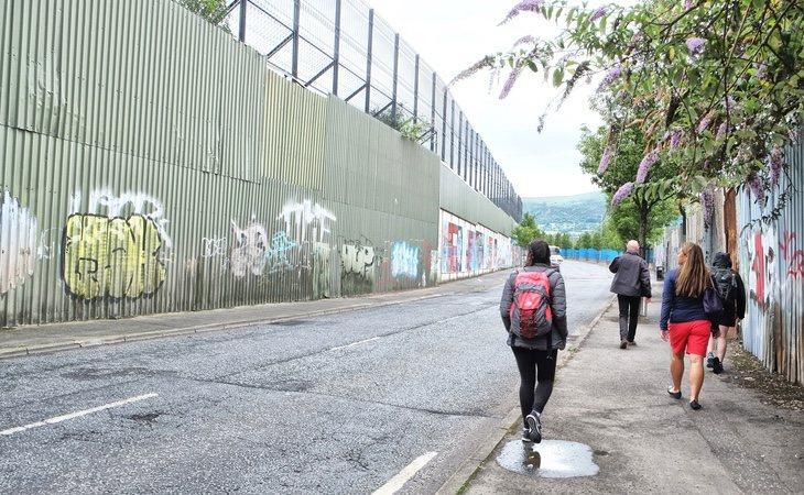 Uno de los muros que divide Belfast