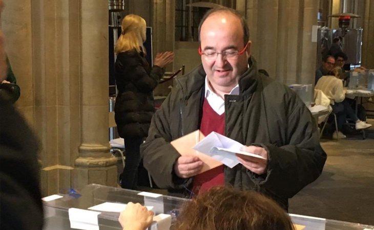 Ha votado Miquel Iceta (PSC) con un llamamiento a la participación para