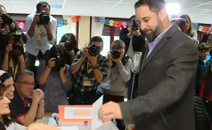 Santiago Abascal ya ha votado: