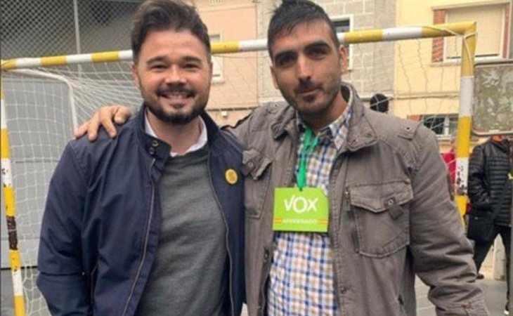 Gabriel Rufián (ERC) pide perdón por hacerse fotos con simpatizantes de VOX: