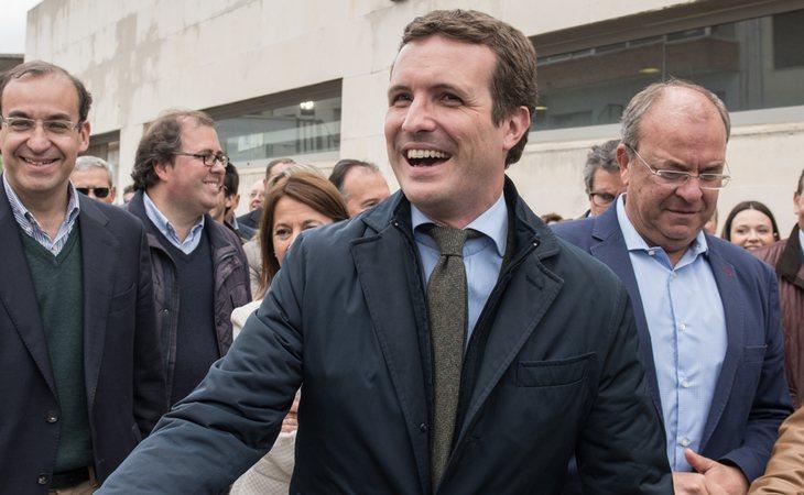 Pablo Casado, contento por sus 88 escaños, escuchará las propuestas de Sánchez, pero ejercerá su responsabilidad como líder de la oposición y no se lo pondrá fácil