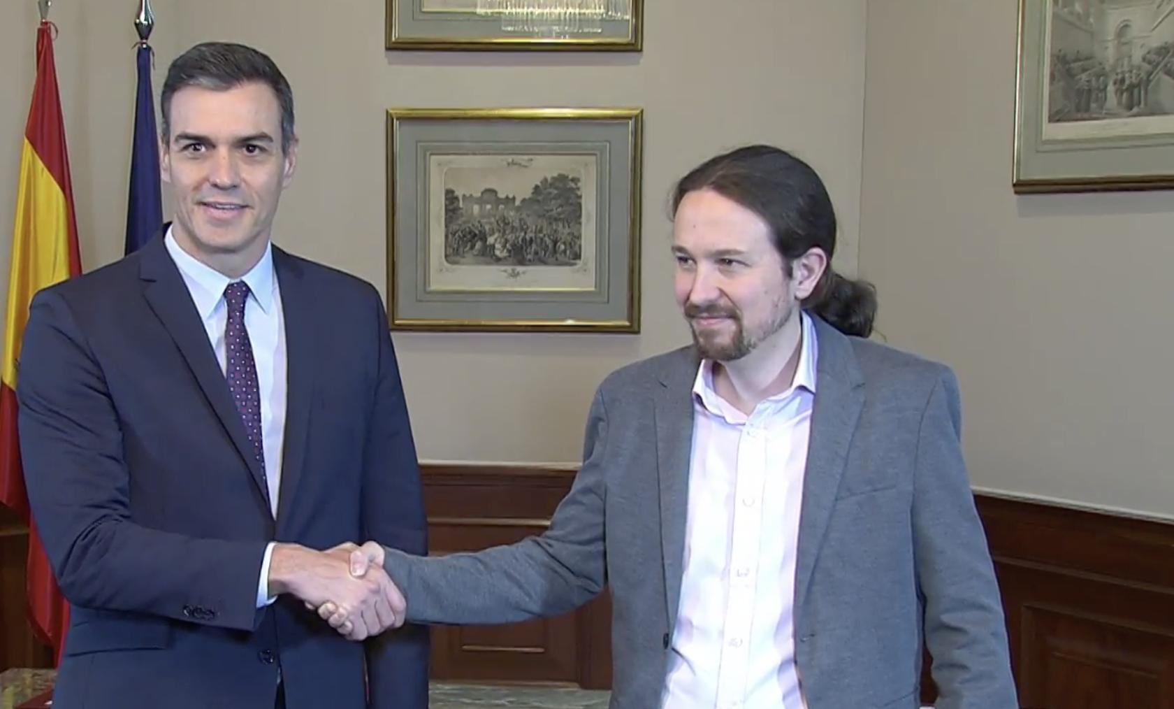 Iglesias y Sánchez comparecen para anunciar el acuerdo de Gobierno