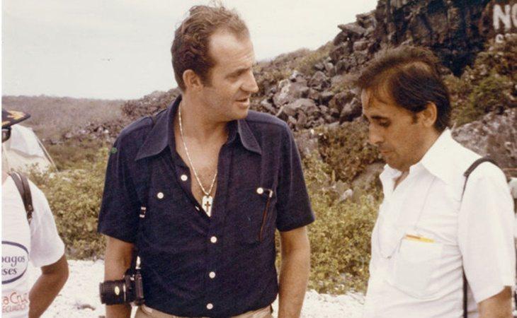 Don Juan Carlos y Jaime Peñafiel en una fotografía de archivo de El Mundo