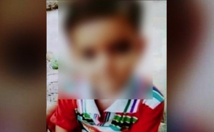 La pequeña de dos años fue brutalmente torturada por los agresores