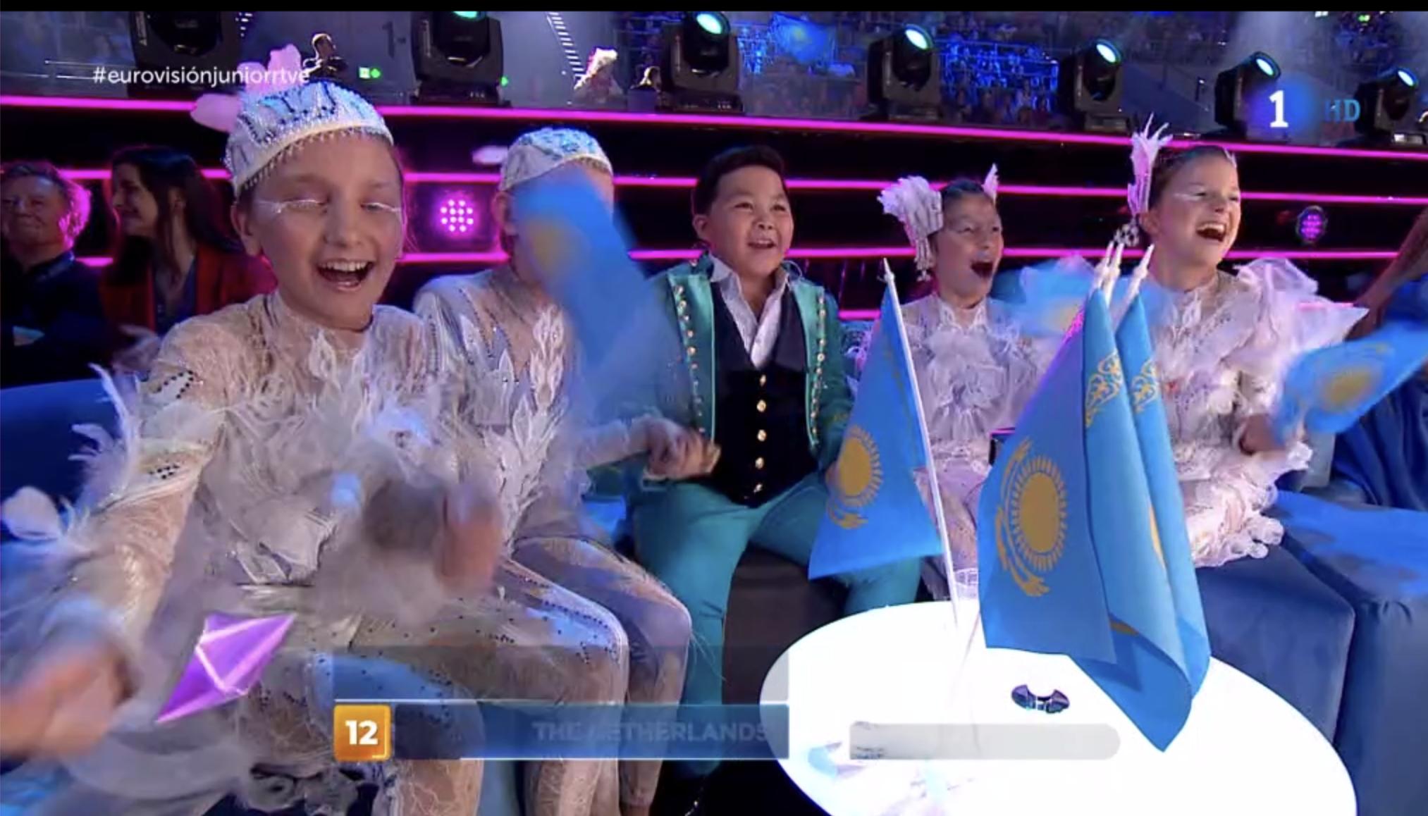 Kazajistán, en la cabeza de las votaciones y alejándose del resto de competidores