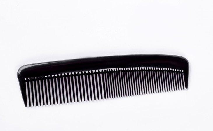 Las púas finas hacen que el pelo se debilite