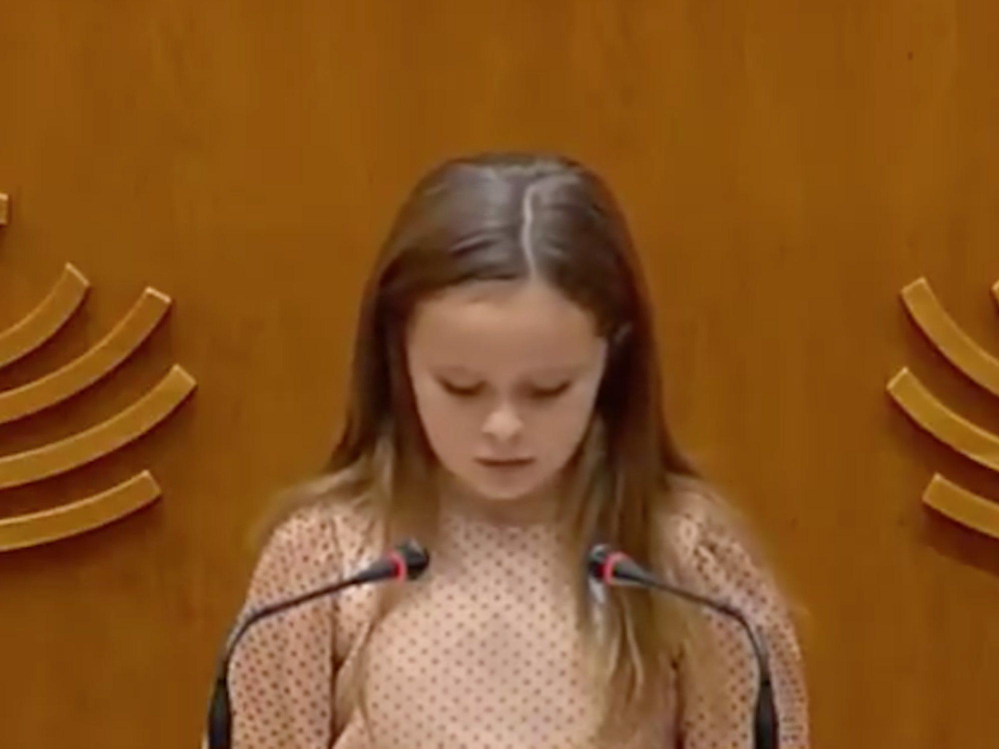 El emotivo discurso de Elsa, una niña trans de 8 años, dando una lección a los políticos