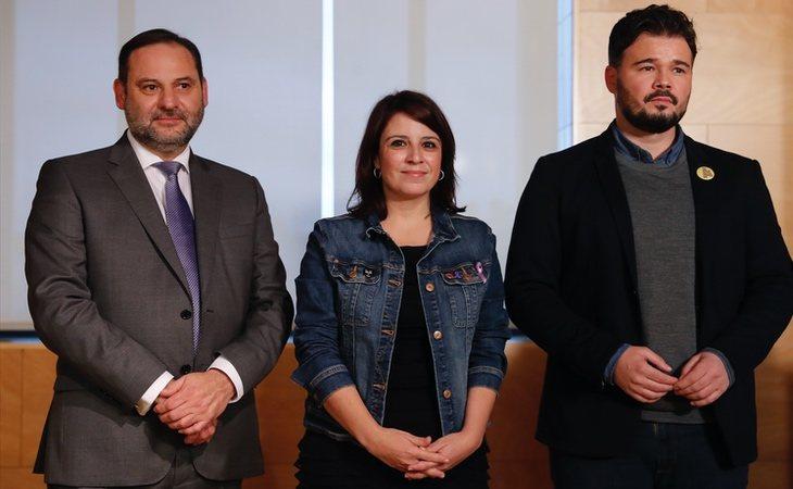 José Luís Ábalos y Adriana Lastra (PSOE), durante las negociaciones con Gabriel Rufián (ERC)