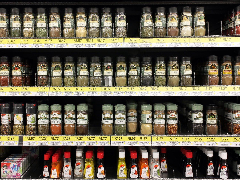 Alerta alimentaria: Sanidad pide no consumir esta popular especia del supermercado