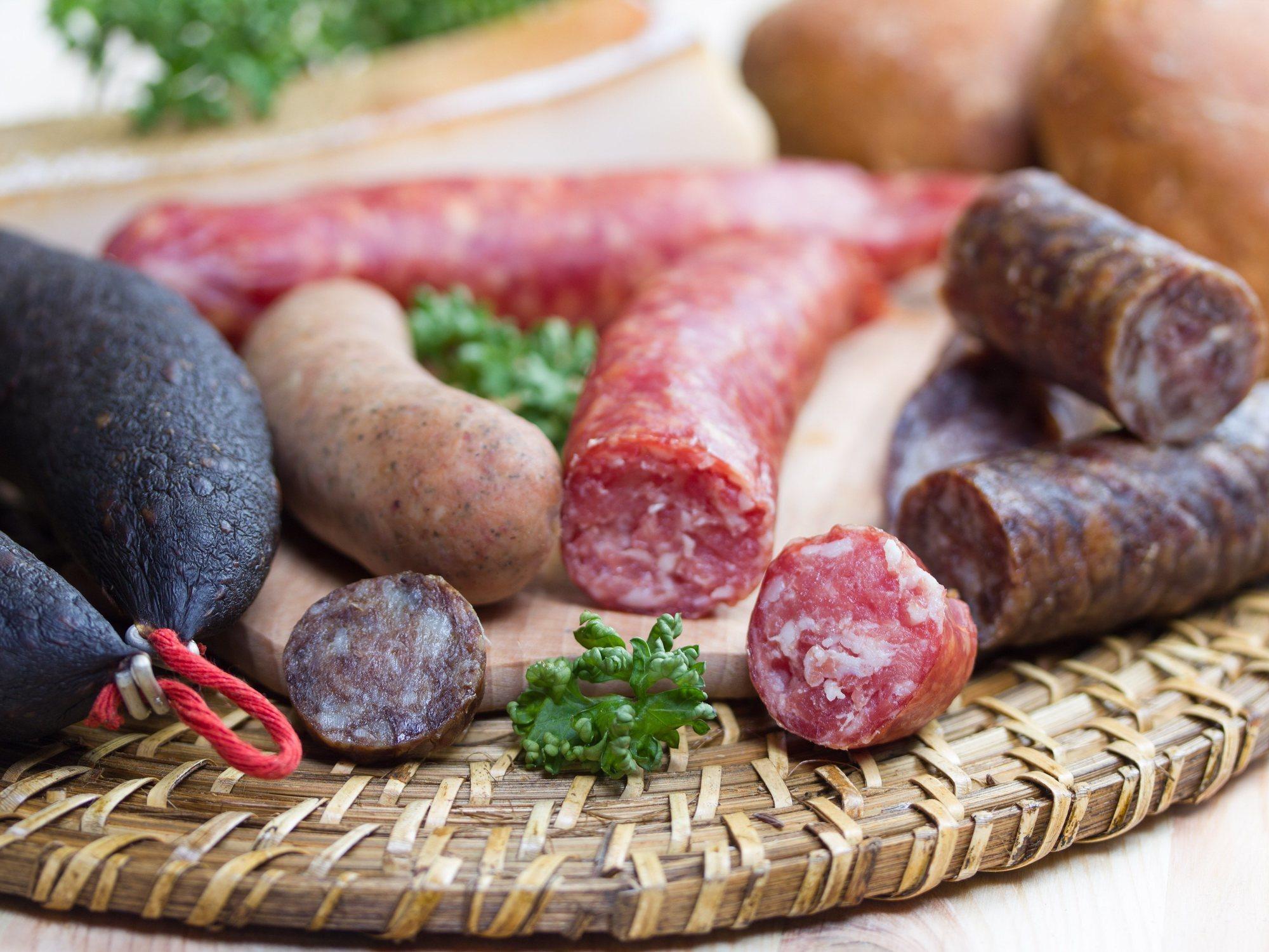 Alerta Alimentaria: Sanidad pide no consumir este chorizo y esta morcilla del supermercado