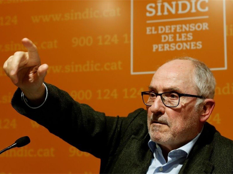 El Defensor del Pueblo catalán dice que los pacientes españoles colapsan su sanidad