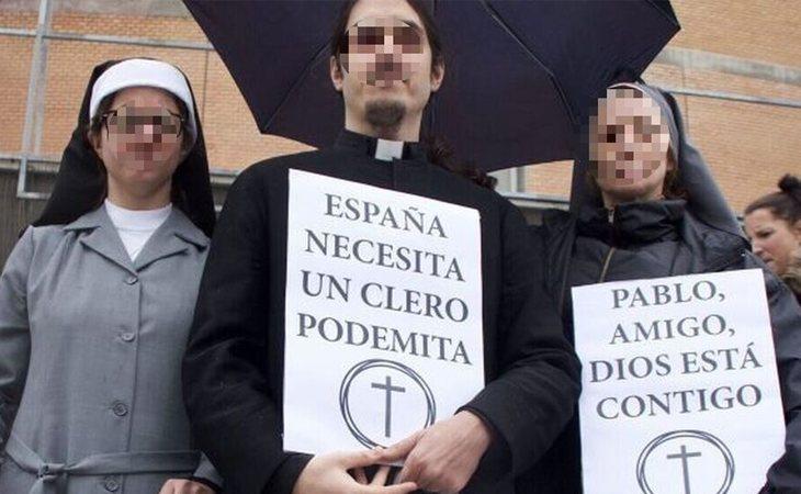 No es la primera vez que Anónimo García intenta poner en evidencia a los medios de comunicación usando la provocación, después de asistir a eventos polémicos de forma premeditada