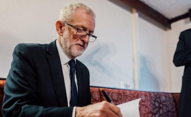 El líder laborista ha anunciado que no se presentará a las siguientes elecciones