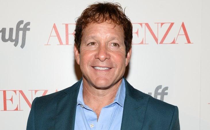 Los orígenes de Guttenberg están entre los telones, lo que le inspiró para dirigir su primera película, 'Your cat is dead', una adaptación del éxito de Broadway