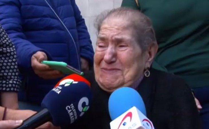 Dolores Rosales se enfrenta al desahucio de la vivienda donde ha residido gran parte de su vida por la denuncia de una inmobiliaria