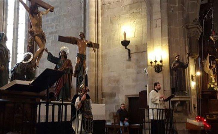 El párroco de Zas (A Coruña), nacido en 1987, se ha disculpado por los comentarios realizados en Twitter contra el movimiento feminista y los seguidores del nacionalismo gallego