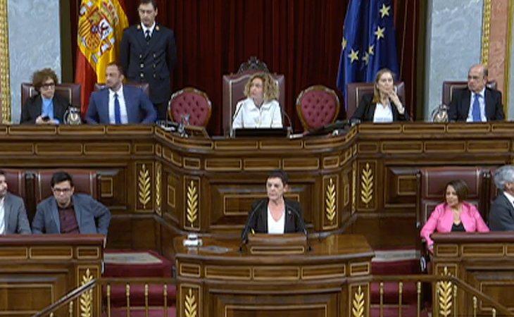 Abucheos y gritos de 'asesinos' desde la derecha durante la intervención de EH Bildu