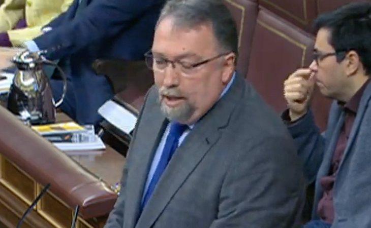 Isidro Martínez (Foro Asturias), a Pedro Sánchez (PSOE): 'Votaré en contra de su investidura porque sus acuerdos con Podemos, ERC, PNV y Bildu ...