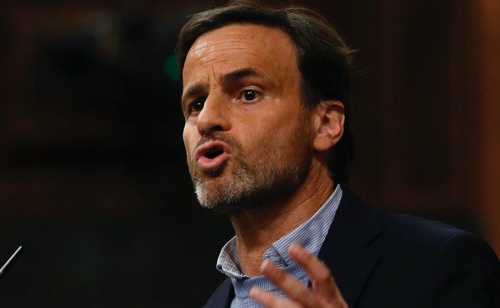 Jaume Asens (En Comú Podem) vota SÍ a la investidura de Pedro Sánchez