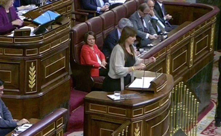 Llega Laura Borràs de JuntsxCat para justificar su negativa a apoyar la investidura