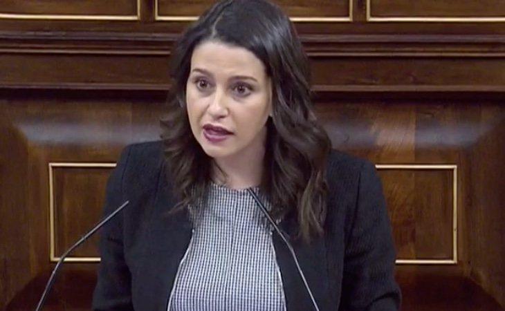Arrimadas vuelve a alentar el Tamayazo: 'Apelo a esos diputados que quieren ser coherentes con lo que dijeron en campaña'
