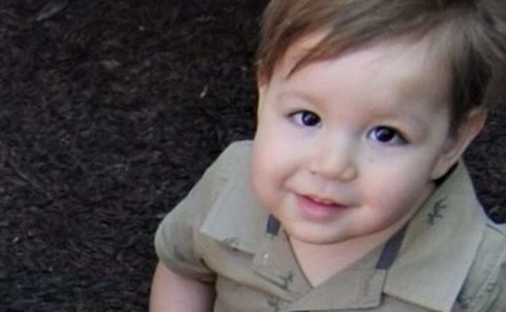 El pequeño murió a los dos años