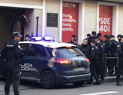 """Neonazis de Hogar Social asaltan la sede el PSOE a grito de: """"Ayudas sociales a los nacionales"""""""