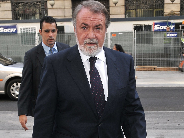"""Mayor Oreja cree que Sánchez pacta con ETA """"un proceso para reemplazar la sociedad cristiana"""""""