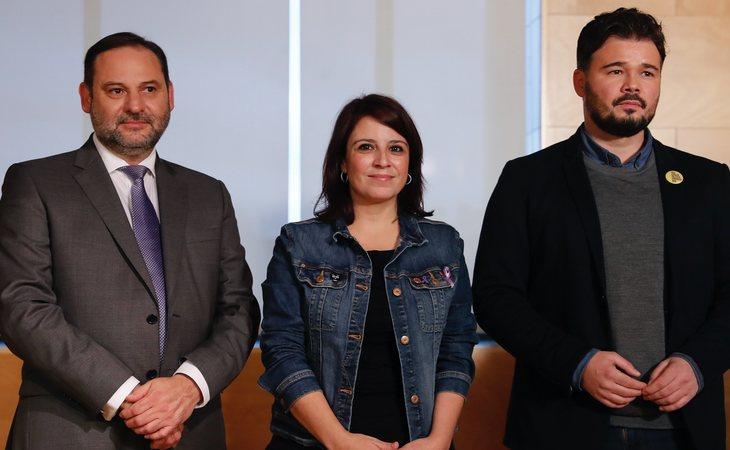 José Luís Ábalos y Adriana Lastra durante las negociaciones con Gabriel Rufián (ERC)